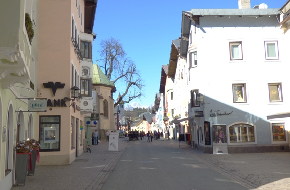 Shopping in Kitzbühel – Vorderstadt